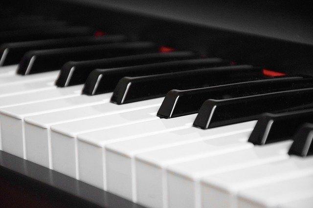 stagepiano-epiano-pro-music-freiberg-pixabay